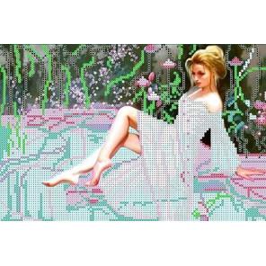Девушка у бассейна Канва с рисунком для вышивки бисером