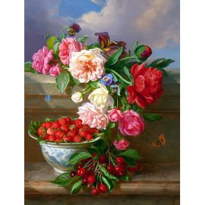 Цветы и ягоды Ткань для вышивки лентами Каролинка