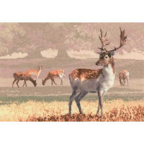 Парк с оленями Набор для вышивания Heritage JCDK1212E