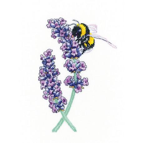 Пчела на лаванде Набор для вышивания Heritage PULB1468E