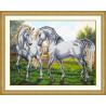 Пример оформления в рамку Пара белых лошадей Набор для частичной вышивки бисером Паутинка Б-1474