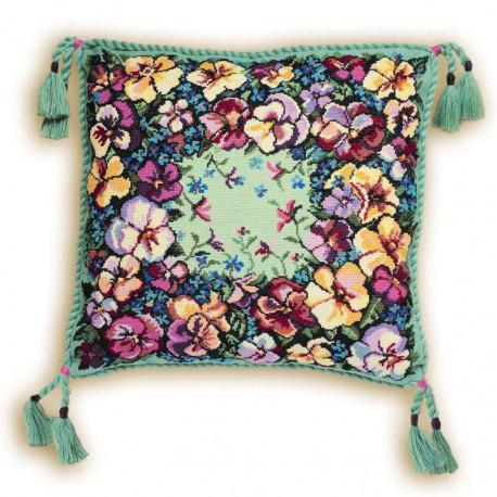 В рамке Анютки Набор для вышивания подушки Риолис 1234