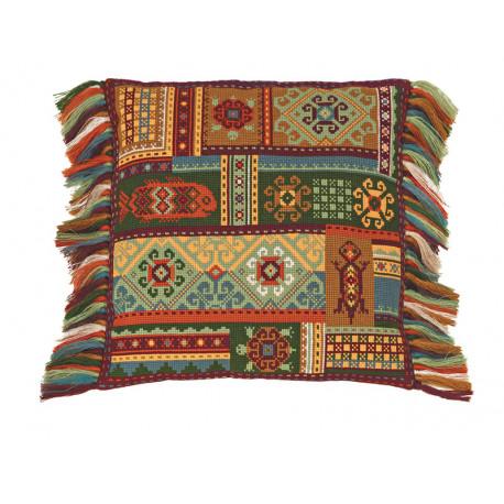 В рамке Терра Набор для вышивания подушки Риолис 1483