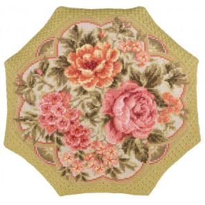 В рамке Вечерний сад Набор для вышивания подушки Риолис 1558