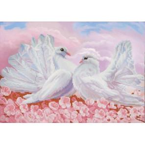 Любовь и голуби Ткань с нанесенным рисунком для вышивки бисером Конек 1279