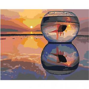 Золотая рыбка в аквариуме на закате 100х125 Раскраска картина по номерам на холсте
