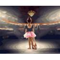 Юная балерина Раскраска картина по номерам на холсте PK68050