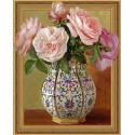 Розы в фарфоровой вазе. Бузин Алмазная мозаика вышивка на подрамнике Molly KM0652