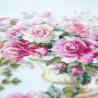 Пример вышитой работы Розы для Герцогини Набор для вышивания Чудесная игла 110-011