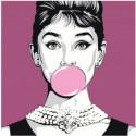 Одри Хепберн с жвачкой 100х100 Раскраска картина по номерам на холсте