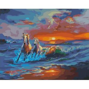 Лошади бегут от заката Раскраска картина по номерам на холсте GX31732