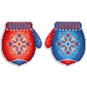 Морозная рукавичка Набор для вышивания на пластиковой канве МП Студия Р-457