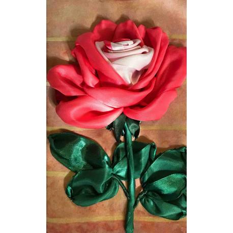 Бело-розовая роза Набор для вышивки лентами Каролинка КЛ(Н)-4017