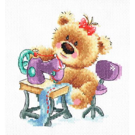 Мишкино рукоделие. Шитье Набор для вышивания Многоцветница МКН 37-14