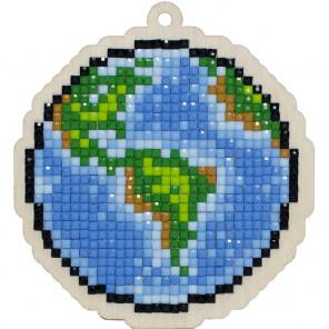 Планета Земля Алмазная мозаика подвеска Гранни Wood W0288