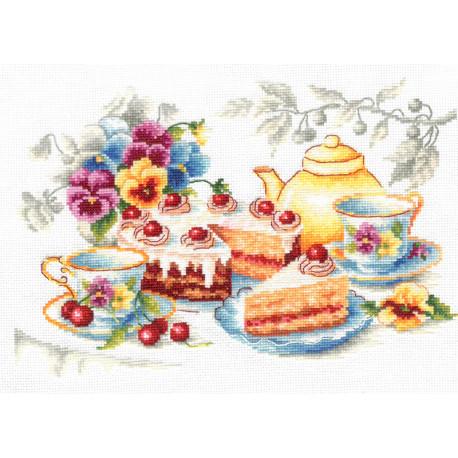 Сладкое утро Набор для вышивания Многоцветница МКН 45-14