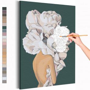 Девушка 40х50 см с цветком на голове на зеленом фоне Раскраска картина по номерам AAAA-RS111