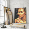 Пример в интерьере Девушка с золотым ожерельем 80х100 см Раскраска картина по номерам с металлической краской AAAA-RS113-80x100