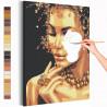 Девушка с золотым ожерельем Раскраска картина по номерам с металлической краской AAAA-RS113