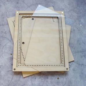 Средняя с крышкой Рамка деревянная для вышивки ОР-215