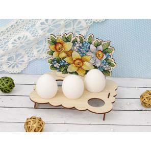 Цветочная. Подставка под яйца Набор для вышивания на деревянной основе МП Студия О-012