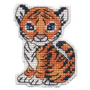 Тигрёнок. Магнит Набор для вышивания на пластиковой канве Овен 1406