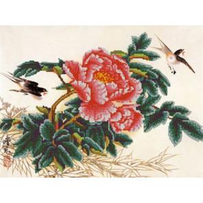 Пион Ткань с рисунком для вышивания бисером Конек 9745