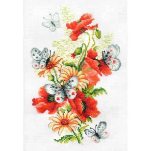 Маки и бабочки Набор для вышивания Многоцветница МКН 52-14