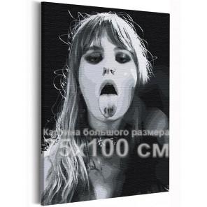 Maneskin / Виктория / Victoria De Angelis черно-белая 75х100 см Раскраска картина по номерам на холсте AAAA-RS160-75x100