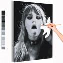 Maneskin / Виктория / Victoria De Angelis черно-белая Раскраска картина по номерам на холсте AAAA-RS160