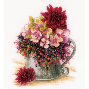Pink blush bouquet Набор для вышивания LanArte PN-0185110