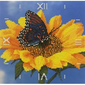 Фотография готовой работы Подсолнух Часы Алмазные на подрамнике с частичной выкладкой Color Kit