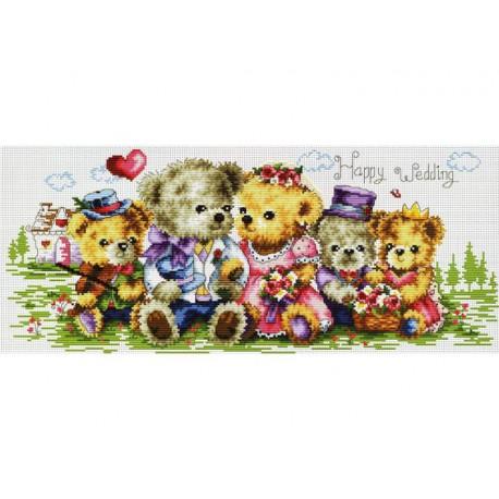 Семейка медвежат Набор для вышивания Белоснежка