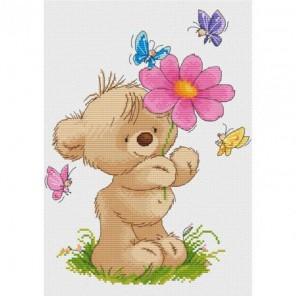 Мишка с цветком Набор для вышивания Белоснежка