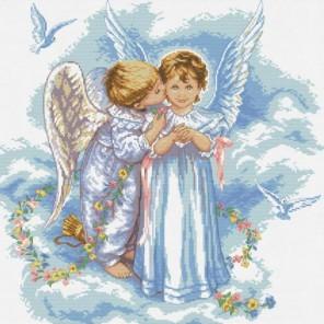 Поцелуй ангела Набор для вышивания Белоснежка