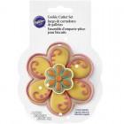 Цветок большой и цветок маленький Фотография упаковки формы для вырезания печенья Wilton ( Вилтон )