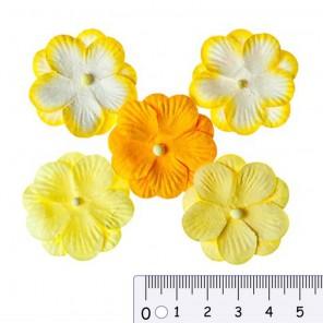 Анютины глазки желтые Цветы бумажные для скрапбукинга, кардмейкинга Scrapberrys