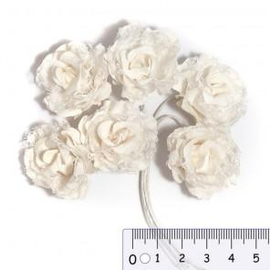 Белые ажурные розы Цветы бумажные для скрапбукинга, кардмейкинга  Stamperia
