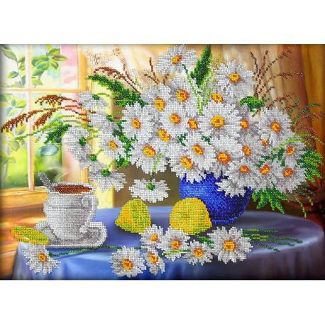 Утренний чай Набор для частичной вышивки бисером Паутинка