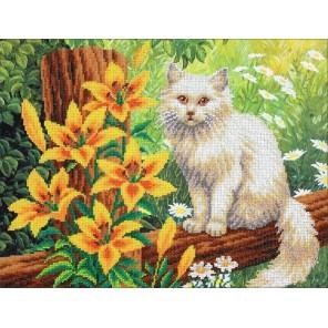 Котенок в лилиях Набор для частичной вышивки бисером Паутинка