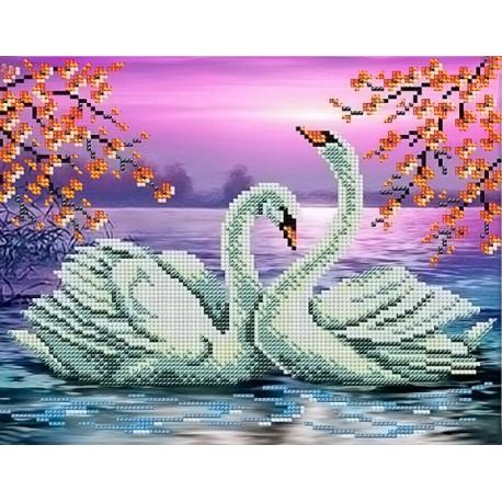 Лебеди на пруду Набор для частичной вышивки бисером Вышиваем бисером