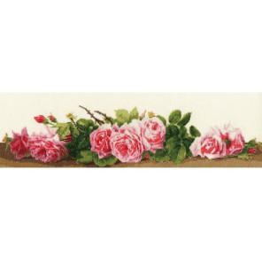 Розовый аромат Набор для вышивания Золотое Руно