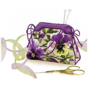 Игольница-сумочка. Анютины глазки Набор для вышивания Риолис