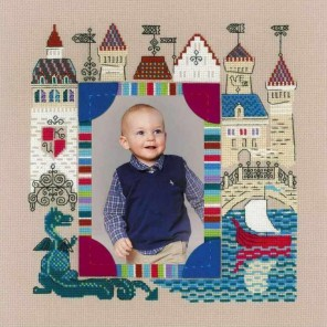 Панно для фотографии. Рыцарский замок Набор для вышивания Риолис