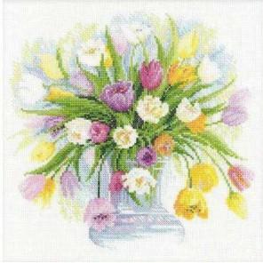 Акварельные тюльпаны Набор для вышивания Риолис