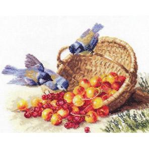 Синички и черешня Набор для вышивания Алиса
