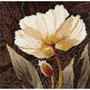 Белые цветы. Залитый светом Набор для вышивания Алиса