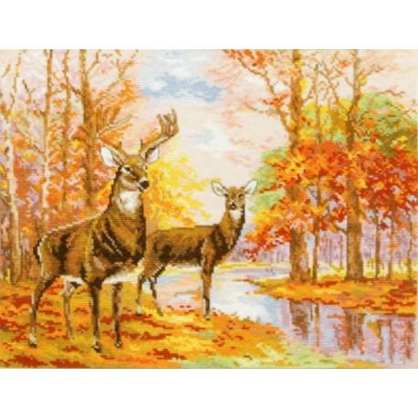 Олени в осеннем лесу Набор для вышивания Алиса