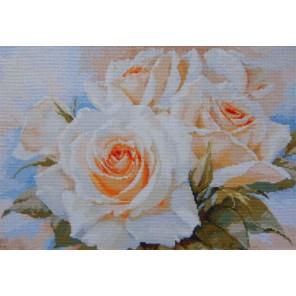 Белые розы Набор для вышивания Алиса
