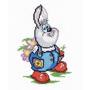Заяц с цветами Набор для вышивания МП Студия